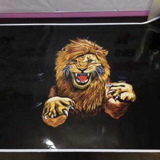 наклейка на капот тигр черный фон